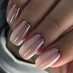 Wedding Nails Beautiful and Elegant Nail Designs Wedding Nails: Beautiful and Elegant Nail Designs: Weddings are a very special event that allows us all to wear stunning dresses and look pretty. Nails are no exception. Elegant Nail Designs, Elegant Nails, Nail Art Designs, Cute Nails, Pretty Nails, Hair And Nails, My Nails, Nagellack Design, Light Nails