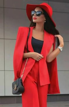 Red fashion is making a statement Red Fashion, Luxury Fashion, Womens Fashion, Fashion Trends, Lady Luxury, Classy Outfits, Chic Outfits, Fashion Outfits, Style Work