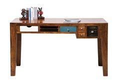 Skrivebord med 6 skuffer.