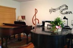 Are you searching for a professional jazz piano teacher? Try Shirley Kirsten.  Check out her Thumbtack profile and request for a beginners piano lessons  quote today.
