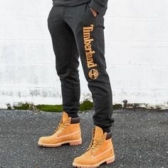 Mode Timberland, Timberland Outfits Men, Timberland Boots Style, Timberland Sneakers, Timberland Waterproof Boots, Sneakers Mode, Timberlands Shoes, Timberland 10061, Sneakers Fashion