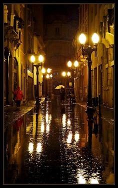 rain in Santos - São Paulo,Brazil Rainy Night, Rainy Days, Rain Photography, Street Photography, Rainy Street, I Love Rain, Walking In The Rain, Foto Art, Street Lamp