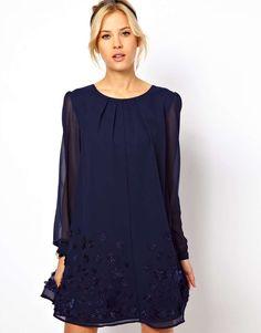 c6e7f2960b0 ASOS Swing Dress with Floral Embroidery Vestido Con Vuelo