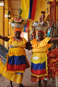 Afro-Colombian women from San Basilio de Palenque in Cartagena, Colombia, South America in their traditional African Heritage style dress… We Are The World, People Around The World, Wonders Of The World, Trip To Colombia, Colombia Travel, Latin America, South America, Colombian Culture, Colombian Women