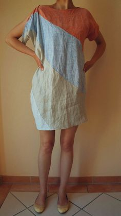 Russian linen dress von Babunewandupcycled auf Etsy, €80.00