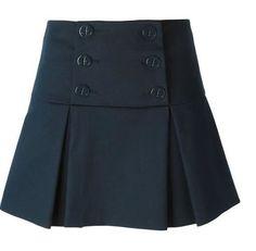 Patrón para hacer una falda con solapa y pliegues. Tallas desde la 36 hasta la 56. Tallas para confeccionar una falda con solapa y pliegues: Fuente:http://www.marlenemukai.com.br/ Patrón falda vaquera en cortes diagonalesPatrón de Falda con plieguesDIY como hacer una falda de picosPatrón de Falda con 2 volantesPatrón falda tutu para niñasDIY sudadera y …