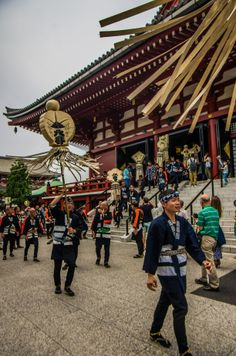 Tokyo Fire Department Memorial in Asakusa 5/20. First, one group from each crew runs through the Sensoji Temple to pay their respects to Kannon-sama, the temple's deity -with matoi standards and everything! #Asakusa, #firemen, #hikeshi, #memorial, #Sensoji, #matoi Taken on May 25, 2014. © Grigoris A. Miliaresis