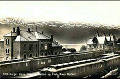 Hordaland fylke Voss jernbanestasjon og Fleischers Hotell Utg C A. Erichsen brukt 1907