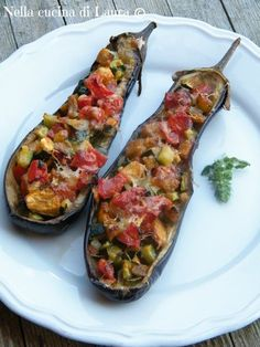 melanzane al forno ripiene - nella cucina di laura Healthy Cooking, Cooking Recipes, Healthy Recipes, Love Eat, Love Food, Italian Vegetables, Eggplant Recipes, Calories, How To Cook Pasta