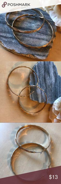 ALDO Gold color hoop earrings Hoop earrings. Worn a few times. Gold color (not real gold). Aldo Jewelry Earrings