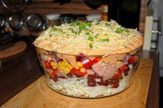Warstwowa sałatka z tuńczykiem Grains, Salads, Rice, Food, Meal, Essen, Hoods, Salad, Meals