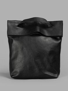 shoulder bag by yoshi yamamoto Yohji Yamamoto, Black Leather Bags, Leather Handbags, Leather Totes, My Bags, Purses And Bags, Sac Week End, Sacs Design, Diy Sac