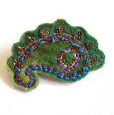 Paisley Brooch Green 14 - FREE UK POSTAGE £11.50