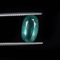 Welcome to        worldofgemsbyvijay        Product Details      Gem Type : Natural emerald  Number of stones : 1  Total Carat Weight : 2.34 Ct.  Measurements in MM :11.83 x 6.94 x 4.17 mm  Cut : oval  Color : green  Clarity : As shown in the picture  Treatment(s) :  As specified in certificate  IGI Certificate :Free  Origin :Zambia  Characteristics:Natural Inclusion(s) Pattern         Species :Natural…
