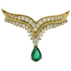 Pre-owned Must Have - 18k Yellow Gold Diamond  Emerald Necklace/... ($1,990) ❤ liked on Polyvore featuring jewelry, necklaces, accessories, green gold white, pendant necklace, diamond pendant, white gold pendant, yellow gold diamond necklace and diamond chain necklace