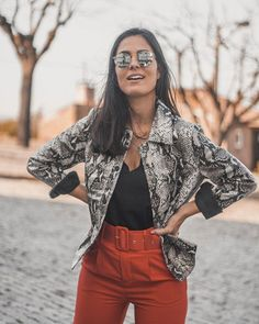 Eliana Borges (@elianacborges) • fotos e vídeos do Instagram Bell Sleeves, Bell Sleeve Top, Eliana, What I Wore, Foto E Video, Instagram, Casual, How To Wear, Women