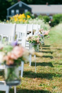 Wildflower Aisle Markers   Leah Fisher Photography   Seagrass Floral Studios  