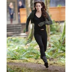 G by Guess Frollic Combat Boots and The Twilight Saga: Breaking Dawn - Part II - Bella Cullen wears G by Guess? Frollic Combat Boots (in black) in The Twilight Saga: Breaking Dawn - Part II. Twilight Saga Series, Twilight Edward, Twilight Cast, Twilight Movie, Twilight Videos, Twilight Wedding, Twilight Outfits, Twilight Breaking Dawn, Breaking Dawn Part 2