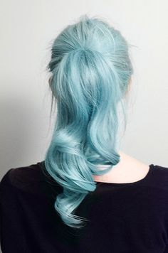 A wavy ice blue pony is what hair dreams are made of. #ponytail #hair #bluehair