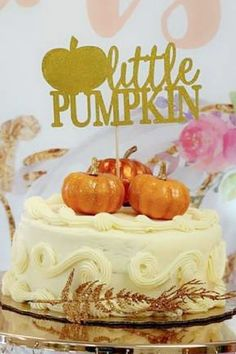 Fall in love with this sweet pumpkin-themed baby shower! Love the party decorations! See more party ideas and share yours at CatchMyparty.com Baby Shower Party Favors, Baby Shower Cakes, Baby Shower Parties, Baby Shower Themes, Baby In Pumpkin, Little Pumpkin, Baby Shower Photos, Baby Shower Printables, Party Cakes