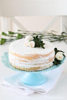 Kokosowy tort bez laktozy (na Chrzest, Roczek czy Komunię)   Ciasteczkolandia Vanilla Cake, Cooking Recipes, Gluten Free, Birthday, Food, Mascarpone, Recipes, Glutenfree, Birthdays