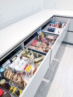 As I'm helping a client with her new kitchen design this picture illustrates j. As I'm helping a client with her new kitchen design this picture illustrates just how important drawers are as supposed to those annoying…, Kitchen Pantry Design, New Kitchen Designs, Diy Kitchen, Kitchen Interior, Kitchen Decor, Kitchen Ideas, Kitchen Pantries, Smart Kitchen, Kitchen Organization Pantry