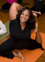 I love yoga pictures with people of all shapes and sizes.You don't have to be skinny or super flexible to do yoga! The with Dianne Bondy: Curvy Yoga For All, How To Do Yoga, Physical Fitness, Yoga Fitness, Yoga Inspiration, Fitness Inspiration, Plus Size Yoga, Yoga Pictures, Yoga For Beginners