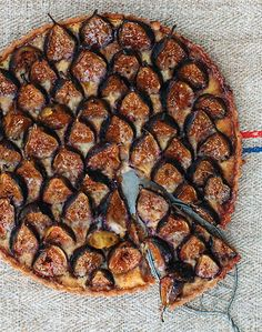 """Almond Custard and Fig Tart"" -- From ""Sweet Paul Magazine,"" Fall 2014 issue: ""Fresh figs have a very short season in early fall. This tart celebrates the simple sweet perfection of autumn's favorite fruit baked in a classic tart with an almond custard. Fig Recipes, Tart Recipes, Sweet Recipes, Cooking Recipes, Pancake Recipes, Waffle Recipes, Burger Recipes, Fig Tart, Fig Pie"