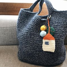Hand Knit Bag, Orange Bag, Crochet Chart, Yarn Projects, Knitted Bags, Jute, Straw Bag, Diy And Crafts, Reusable Tote Bags