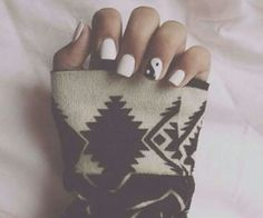 Yin yang hellz yeah wooo! love this but id probably do it with black nails and the one accent nail.