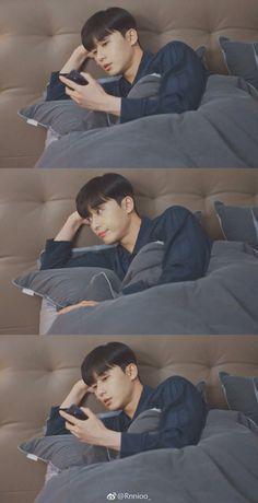 what is wrong with secretary kim Joon Park, Park Hae Jin, Park Seo Jun, Korean Male Actors, Asian Actors, Drama Korea, Korean Drama, Park Seo Joon Instagram, Two Worlds