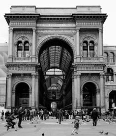 Galleria in Milano from the Piazza Duomo    Shot with Rolleiflex and Kodak Tri-x