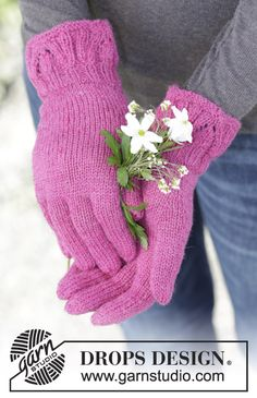 """Alpine Rose - Knitted DROPS gloves with textured pattern on cuff in """"Fabel"""". - Free pattern by DROPS Design Mittens Pattern, Knitted Gloves, Knitting Socks, Knit Cowl, Knitting Needles, Knitting Patterns Free, Free Knitting, Baby Knitting, Models"""
