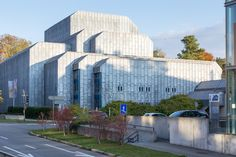 Renovate or tear down and replace? Thats the current debate revolving around the Theater Winterthur.Frank Krayenbühl: Theater Winterthur Winterthur Switzerland 19661979http://ift.tt/28Pa5MZ Photos: JoachimKohlerBremen 2015 (CC BY-SA 4.0) / Roland zh 2010 (CC BY-SA 3.0)/ Andreas Praefcke 2009 (CC BY-SA 3.0)