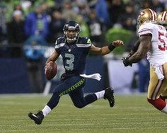 Seahawks Russell Wilson on the move!!