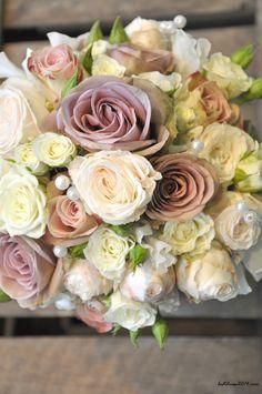 wedding flowers wedding flowers @Mary Powers Powers Woodling