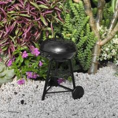 Miniature Fairy Garden BBQ Grill Create a summertime miniature garden by designing a backyard patio complete with a BBQ Grill. Outdoor Decor, Garden, Miniature Fairy Gardens, Lawn And Garden, Garden Decor, Fairy Garden Houses, Backyard Patio, Outdoor Gardens, Garden Accessories