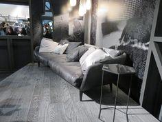 #DesignerSofa #HomeDecore  #smartSofaDesign #DesignsISalone2016 Modern Sofa, Sofa Design, Couch, Furniture, Home Decor, Modern Couch, Settee, Decoration Home, Sofa