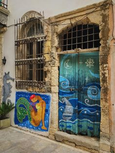 One of Rethymno's many beautiful hidden doors