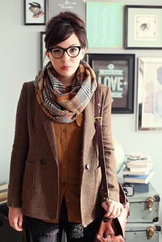 Love this blazer!  Outfit Details: blazer - c/o Jones New York shirt - Equipment shorts - Madewell scarf - Zara Marquis glasses - c/o BonLook Emory Oxfords - c/o Sperry