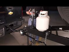How to Set Up a Weight Distribution Hitch - YouTube