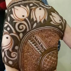 Instagram post by @mahendi_by_bhumi • May 5, 2018 at 10:20am UTC Palm Mehndi Design, Mehndi Designs Book, Indian Mehndi Designs, Mehndi Designs For Beginners, Modern Mehndi Designs, Mehndi Design Pictures, Wedding Mehndi Designs, Beautiful Mehndi Design, Latest Mehndi Designs