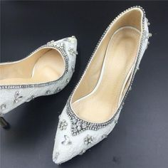 Due to the shoes is handmade,we need 3~5 days to make the shoes after you place the orders!Size available:us size 4~12.5The shoes can custom heels. If you want some heels,you can contact me!Normally you can receive the shoes in 10~30 days,please contact me if you need fast delivery!Return Policy:We accept returns .please contact with me first before you want return . We will send you the address for return .Please pay for the shipping cost for return.Once we received the package...