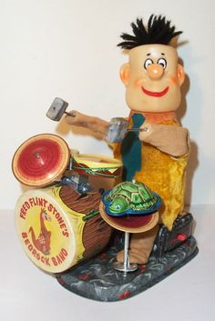 MINT 1962 BATTERY OPERATED FRED FLINTSTONES BEDROCK BAND TIN LITHO TOY JAPAN