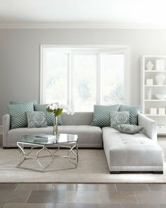 Keep up to date with the latest small living room decor ideas (chic & modern). Discover excellent ways to get fashionable style even if you have a small living room. Living Room Sectional, Living Room Grey, Small Living Rooms, Living Room Designs, Living Room Furniture, Living Room Decor, Grey Sectional, Fabric Sectional, Leather Sectional