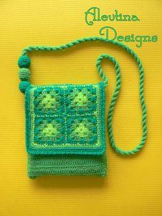 Pretty spring little shoulder purse