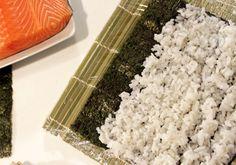 Cocina japonesa: aprende a preparar 'makis' y 'nigiris' de salmón, paso a paso