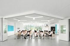 成都蒙彼利埃小学改扩建 / 中国建筑西南设计研究院有限公司 - 谷德设计网 Extension Designs, Chengdu, Montpellier, Primary School, Extensions, Indoor, Interior, Upper Elementary, Hair Extensions