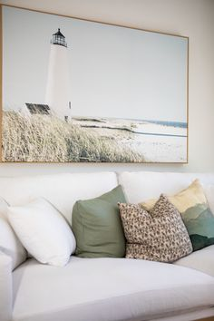 Incorporate soft sage green into your new home. Subtle enough to be neutral, but prominent enough to set the mood in any room. #sagegreen #colour #interiordesign #medlandplan #generationhomesnz 4 Bedroom House Plans, Family Rooms, Sage, Neutral, New Homes, Farmhouse, Mood, Colour, How To Plan
