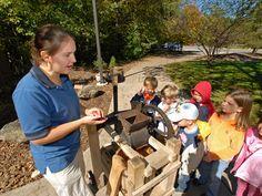 Making apple cider at Richardson Nature Center